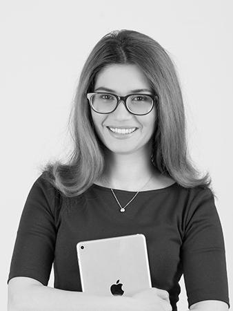 Ariana Aydin operations manager at ISA AYDIN PHOTOGRAPHY NEW JERSEY