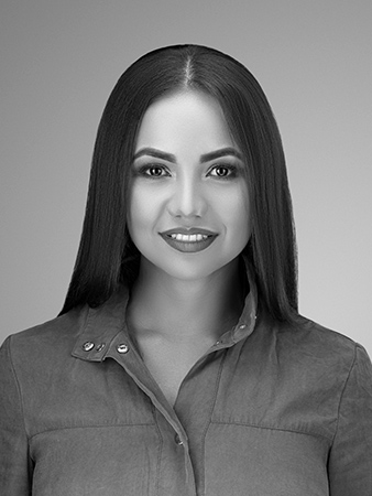 Francy Morales photographer assistant at ISA AYDIN PHOTOGRAPHY NEW JERSEY