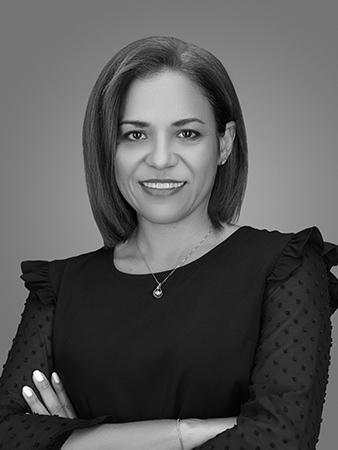 Johanya Espejo bookkeeper at ISA AYDIN PHOTOGRAPHY NEW JERSEY