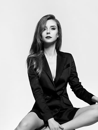 Larina Boyarskaya retoucher at ISA AYDIN PHOTOGRAPHY NEW JERSEY